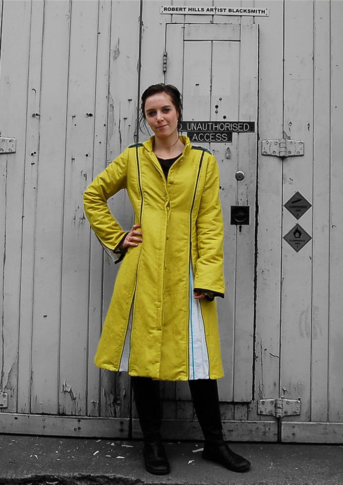 proofed linen panelled zippy coat