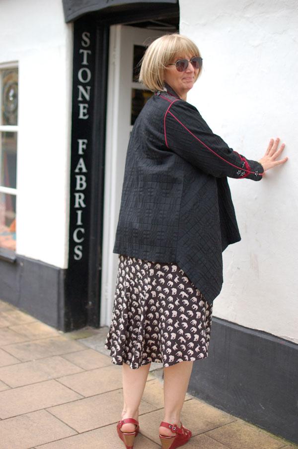 flippy viscose skirt