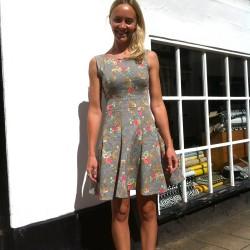 floral stretch drill vogue 8998 dress