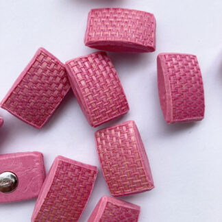 Candy Pink raffia effect vintage plastic shank button