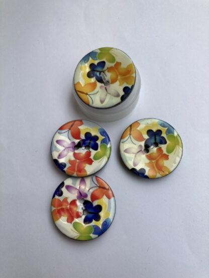 floral lacquer print wooden 2 hole button
