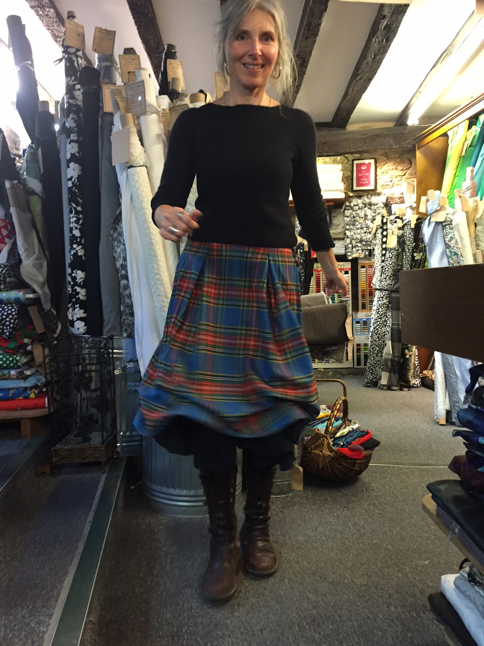 jane-a-wool-tartan-ruched-skirt-swish
