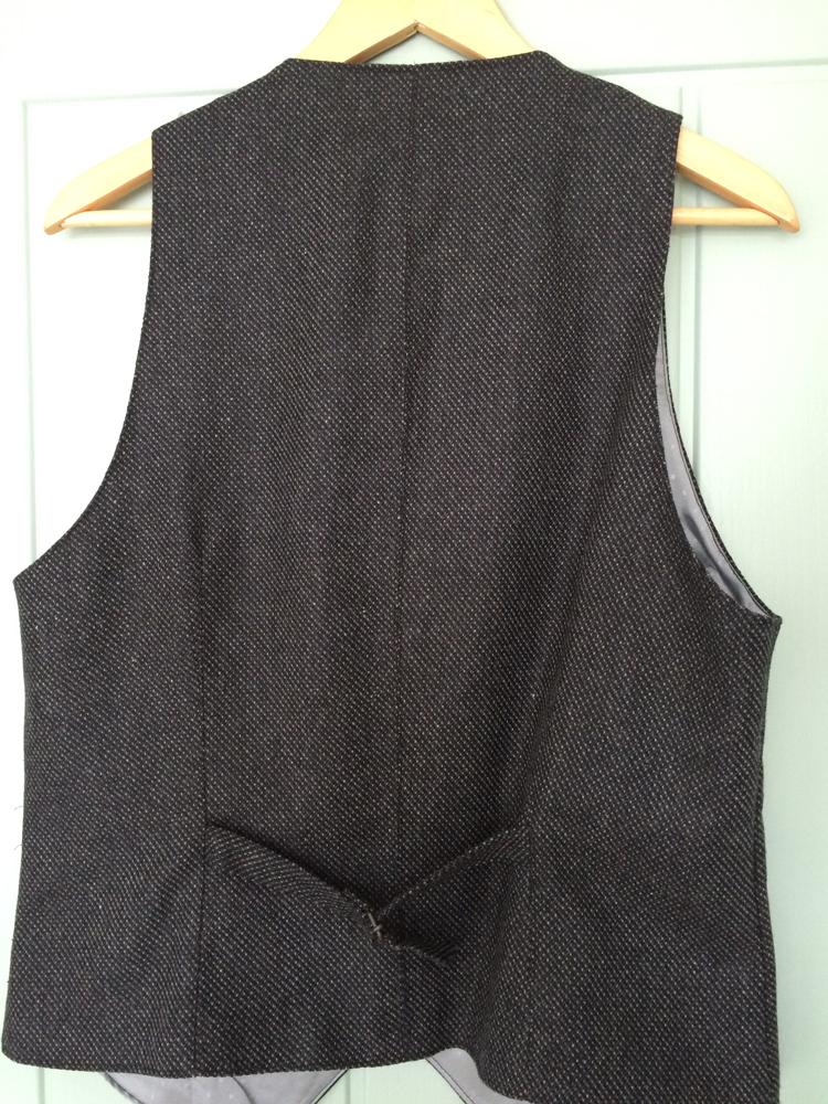 vanessa-waistcoat-back