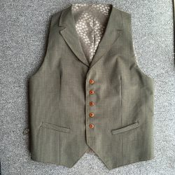 worsted wool waistcoat with jacquard lining