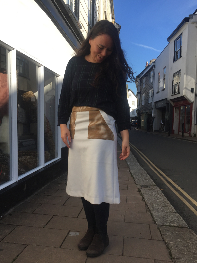 couleure.jp a-line skirt made in cream wool melton