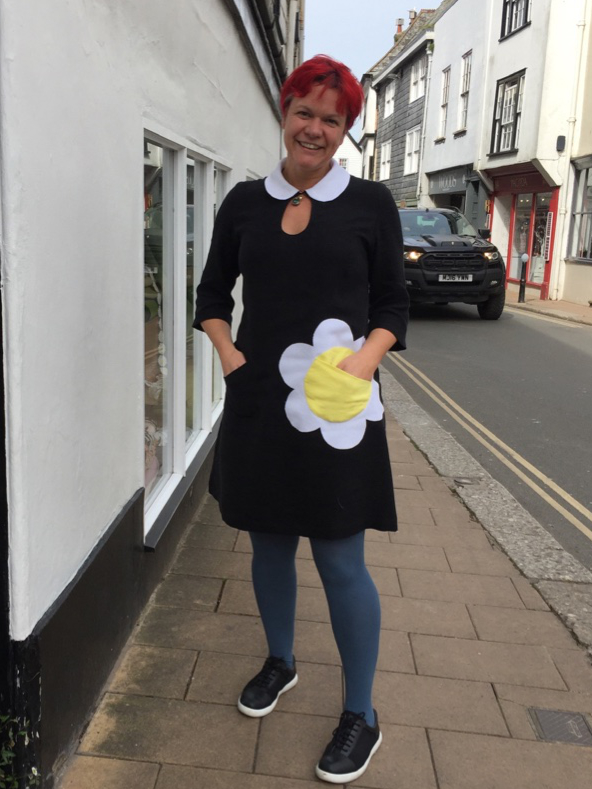 mary quant black and white dress with daisy shaped pocket