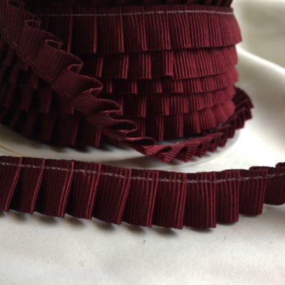 H0572-72 burgundy red pleated gros grain petersham ribbon
