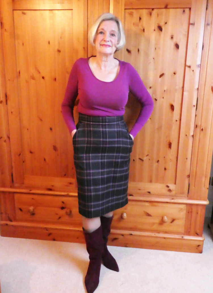 Wool Check Pencil Skirt with Pockets