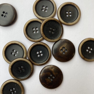 Brown corozo nut button