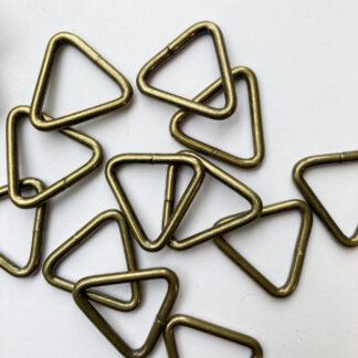 antique brass triangular d-ring