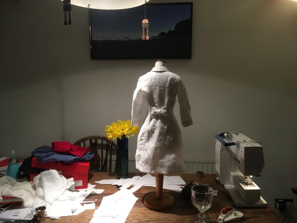 1/2 size toile bleuet dress  -back view in white linen