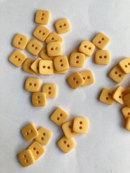 B1953-Yellow-20